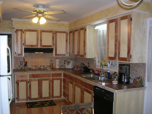 Maple and Birch Shaker Style Kitchen Cabinets
