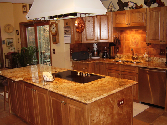 Oak kitchen cabinets best ideas about oak kitchens on for Burl wood kitchen cabinets
